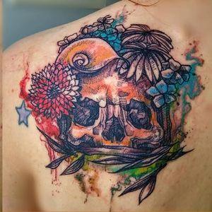 #caveira #skull #MarianaAmaral #MarianaAmaralTattoo #aquarela #watercolor #TatudoresDoBrasil #Tatuadora #brasil