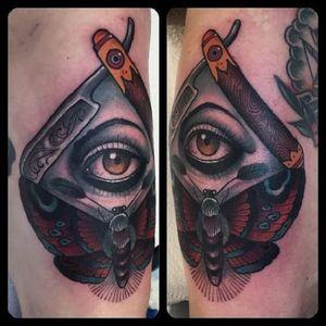 #JeanLeRoux #olhoquetudove #allseeingeye #eyetahtseeall #olhodaprovidencia #navalha #razor #borboleta #butterfly