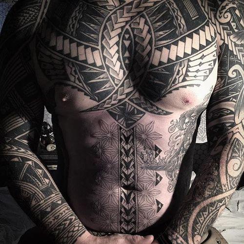 Tribal Tattoo by Neil Bass #tribal #tribaltattoo #tribaltattoos #polynesian #polynesiantattoos #maori #maoritattoos #samoan #samoantattoos #NeilBass