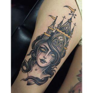 Castle girl by @chelsearhea #ChelseaRhea #ladyhead #traditional