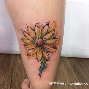 Girassol com cores fortes e reluzentes #DellNascimento #flor #aquarela #watercolor #flowertattoo #flower #girassol #sunflower #natureza #nature #TatuadoresDoBrasil