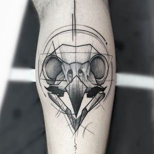 Bird Skull Chaotic Blackwork Tattoo by Frank Carrilho @FrankCarrilho #FrankCarrilhoTattoo #FrankCarrilho #Chaotic #Black #Blackwork #Bird #Skull