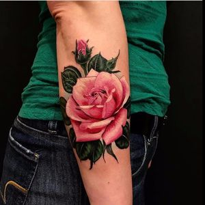 Pink rose by Rocky Burley #RockyBurley #rose #flowers #rosebud #flower #leaves #color #realism #realistic #pink #tattoooftheday