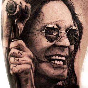 The one and only Ozzy Osbourne by Oscar Akermo. (Via Instagram oscarakermo) #metal #Ozzy #ozzyosbourne #portraits #blackandgrey #realism #blacksabbath