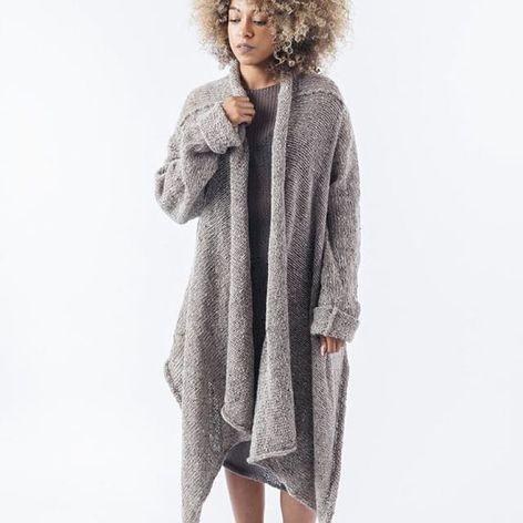 Shawl by Morph Knitwear (via IG-morphknitwear) #knitwear #knits #handknit #fashion #accessories #MorphKnitwear