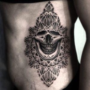 Jondix #Jondix #blackandgrey #dotwork #linework #mandala #pattern #sacredgeometry #skull #death #darkart