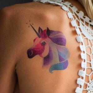 Vibrant unicorn design, artist unknown #unicorn #vibrant #magicalanimal #animal #color