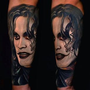 """Brandon Lee Tattoo from the movie """"The Crow"""" by Nikko Hurtado @NikkoHurtado #NikkoHurtado #Cinematic #Portrait #BrandonLee #TheCrow"""