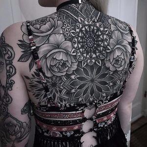 Mandalas by Laura Wells #LauraWells #blackwork #blackandgrey #dotwork #linework #pattern #mandala #geometric #flowers #roses #ornamental #leaves #tattoooftheday
