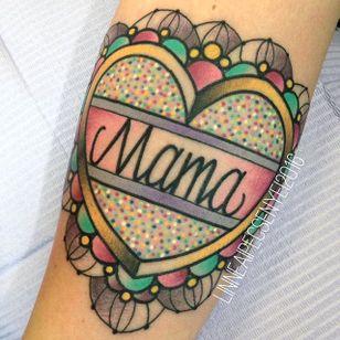 Pinkwork sparkly heart tattoo by Linnea Pecsenye. #LinneaPecsenye #heart #sparkles #pinkwork #kawaii #girly #cute