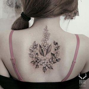 Interesting layout via @zihwa_tattooer #zihwa #reindeerink #floral #feminine