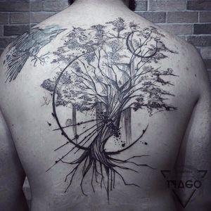 Contemporânea com um toque oriental :) #TyagoCompiani #tatuadoresbrasileiros #tatuadoresdobrasil #sketch #blackwork #tree #arvore