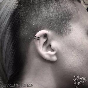 Simples e bonito #AvalonBehan #eartattoo #helixtattoo #tatuagemnaorelha #tendencia #fineline #traço #simple #simples