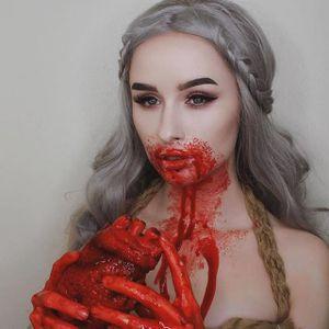 Khaleesi by Rachel Georgina (via IG-rachelgeorgina) #MUA #makeupartist #goth #grunge #lipstick #eyeshadow #gameofthrones #khaleesi #daenerystargaryen #rachelgeorgina