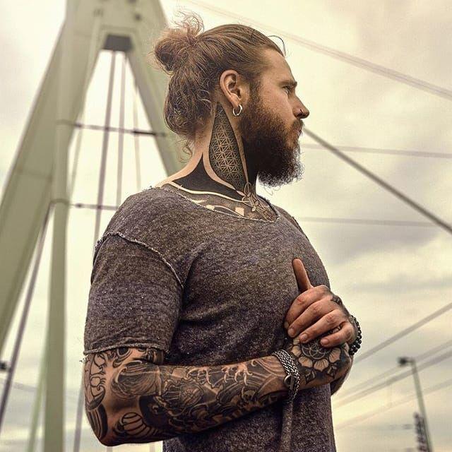 Man Crush Monday: The Creekman. (Via IG—thecreekman) #MCM #TheCreekman #Hottie #TattooedDudes #Babes #Rowr
