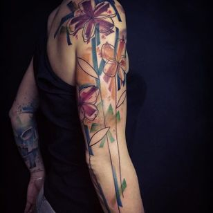 Abstract Watercolor Tattoo by Belly Button #Abstract #Watercolor #AbstractWatercolor #WatercolorTattoos #WatercolorArtists #FrenchTattoos #FrenchArtists #BellyButton