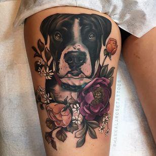 Doguinho florido #MakkalaRose #gringa #neotraditional #colorido #colorful #cao #cachorro #dog #flor #flower #rose #rosa #folha #leaf #botanical #botanica
