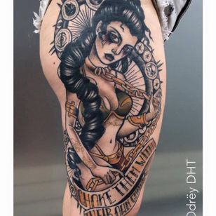 Princess Leia inspired tattoo by Odrëy #Odrëy #illustrative #newschool #neotraditional #lady #tattooedlady #princessleia #starwars #pinup