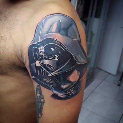 Por Klebyz Soares! #KlebyzSoares #tatuadoresbrasileiros #darthvader #darthvadertattoo #vader #vadertattoo #starwars #starwarstattoo