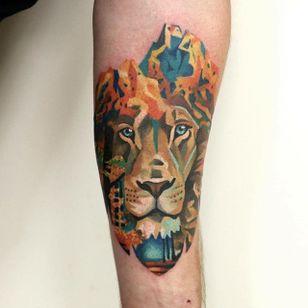 Lion Tattoo by Martynas Šnioka #lion #liontattoo #watercolor #watercolortattoo #abstract #abstracttattoo #graphic #graphictattoo #lithuanian #MartynasSnioka