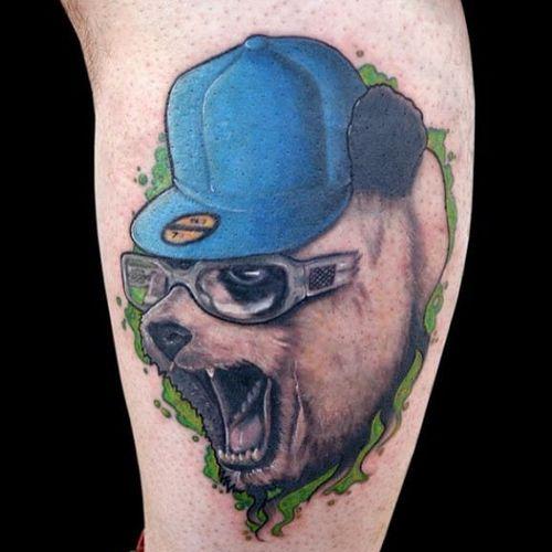 Bear wearing a hat. #bear #beartattoo #bearswearinghats #bearswearinghatstattoo