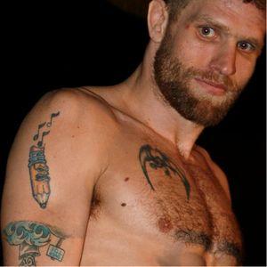 Matt Horwich. #UFC #UFCTattoos #CrazyTattoo #Pencil #MattHorwich