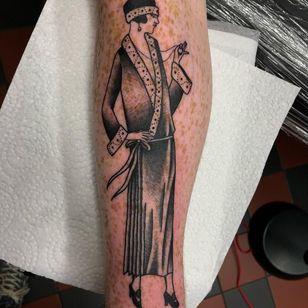 1920's style tattoo by Wolfspit #Wolfspit #fashiontattoo #blackandgrey #linework #traditional #dotwork #1920s #flapper #style #dress #jewelry #cute #stylish #fashion #highheel #headband #babe #lady #tattoooftheday