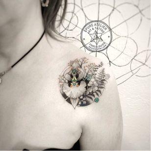 Flower tattoo by Marie Roura #MarieRoura #graphic #spiritual #flower #dotwork
