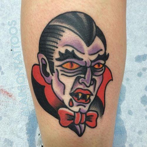 I vant to suck your blood! (Via IG - larsontattoos111) #jonlarson #halloween #traditional #spooky #vampire #dracula