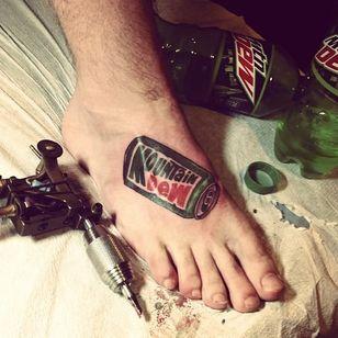 Dew foot by Joseph Boo (via IG -- josephboo) #josephboo #mtdew #mountaindew
