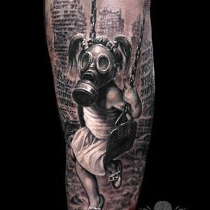 Post-apocalyptic Gas Masked Girl Tattoo by Javier Antunez @Tattooedtheory #JavierAntunez #Tattooedtheory #Blackandgrey #Realistic #Girltattoo