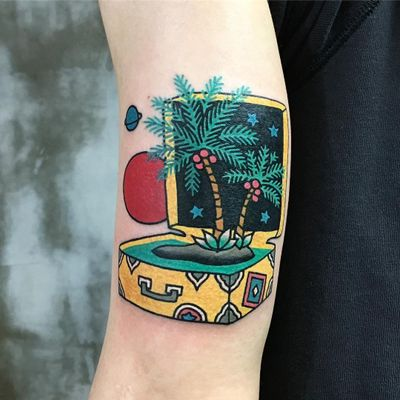 Suitcase to the stars. Tattoo by Kimsany #Kimsany #cutetattoos #color #newschool #vacation #suitcase #palmtrees #island #nature #coconuts #stars #planets #travel