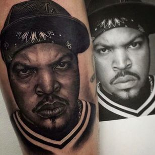 Full shot of the Ice Cube portrait tattoo by Juande Gambin. #juandegambin #portraittattoos #icecube