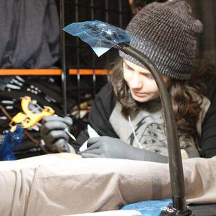 Jay Joree hard at work at the Philadelphia Tattoo Arts Convention. (Photo by Katie Vidan)
