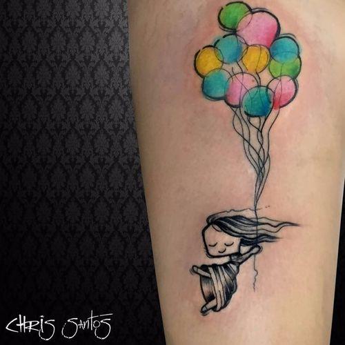 Menininha voadora! #chrisSantos #balão #baloon #liberdade #free #voar #TatuadoresDoBrasil #colorido #colorful #aquarela #watercolor #menina #girl