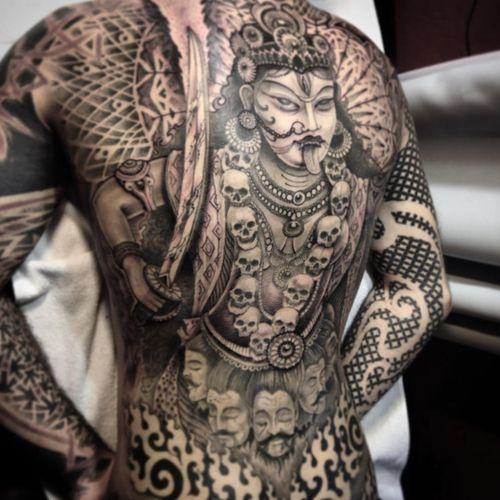 An epic back-piece featuring the goddess Kali by Jondix (IG—jondix). #blackandgrey #Jondix #Kali