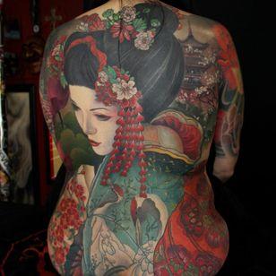 Tattoo by Jeff Gogue #JeffGogue #selftaughttattooartists #color #Japanese #realism #mashup #painterly #portrait #geisha #crane #flowers #kimono #peony #cherryblossom #nature #backpiece