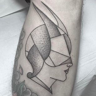Masked Face Tattoo by Caleb Kilby @CalebKilby #CalebKilby #CalebKilbyTattoo #Blackwork #Minimalist #Linework #Black #TwoSnakesTattoo #London #masked #face