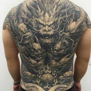 A badass bunch of dragons by Heng Yue (IG—newassasin_tattoo). #blackandgrey #dragons #HengYue #Japanese #largescale #realism