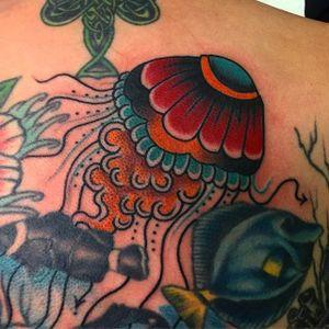 Jellyfish Tattoo by Mikey Sarratt #jellyfish #traditional #traditionalartist #oldschool #classic #boldwillhold #MikeySarratt