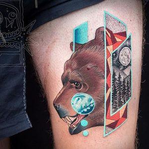 Bear tattoo with various overlaps via @chrisrigonitattooer #chrisrigroni #mixedstyles #bear #nature