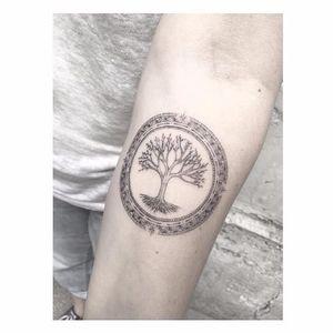 Tree tattoo by Max Le Squatt #MaxLeSquatt #fineline #blackandgrey #tree