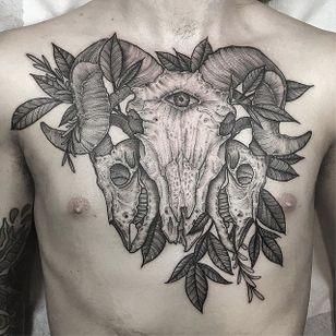 Gorgeous blackwork animal skulls and leafs, by Kyle Stacher. (via IG—thiefhands) #blacktattooing #dotwork #kylestacher