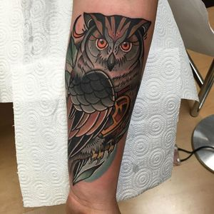 Owl Tattoo by Alberto Megina #owl #neotraditionalowl #neotraditional #neotraditionalartist #spanishartist #AlbertoMegina