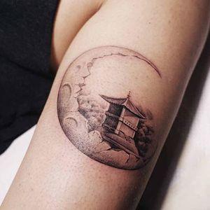 Home in the moon. (via IG - nandotattooer) #microtattoo #small #tiny #scenery #fineline #nando