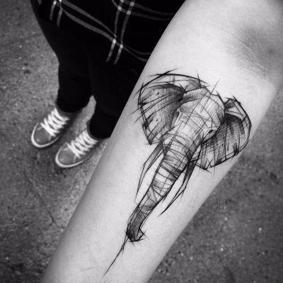 Um elefantinho para dar sorte! #InezJaniak #elefante #sketch #sketchtattoo #elephant
