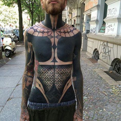 Geometric blackwork chestpiece by Gerhard Wiesbeck @gerhardwiesbeck #geometric #blackwork #dotwork #gerhardwiesbeck