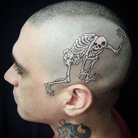 Skeleton. (via IG - freddyleotattoos) #traditional #japanese #FreddyLeo