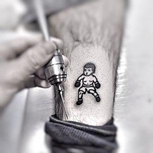 Baby stick and poke boxer tattoo, by Sem Boy Lee #SemBoyLee #traditionaltattoo #boxertattoo #boxer #traditional #blackwork #stickandpoke