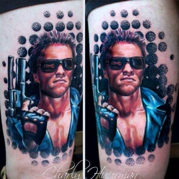 Arnold Schwarzenegger em Exterminador do Futuro (1984) #CharlesHuurman #StrangerThings #referencia #reference #terminator #exterminadordofuturo #ArnoldSchwarzenegger #80s #movie #filme #jamescameron